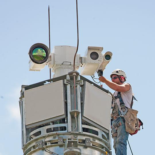 Long range PTZ flir thermal camera