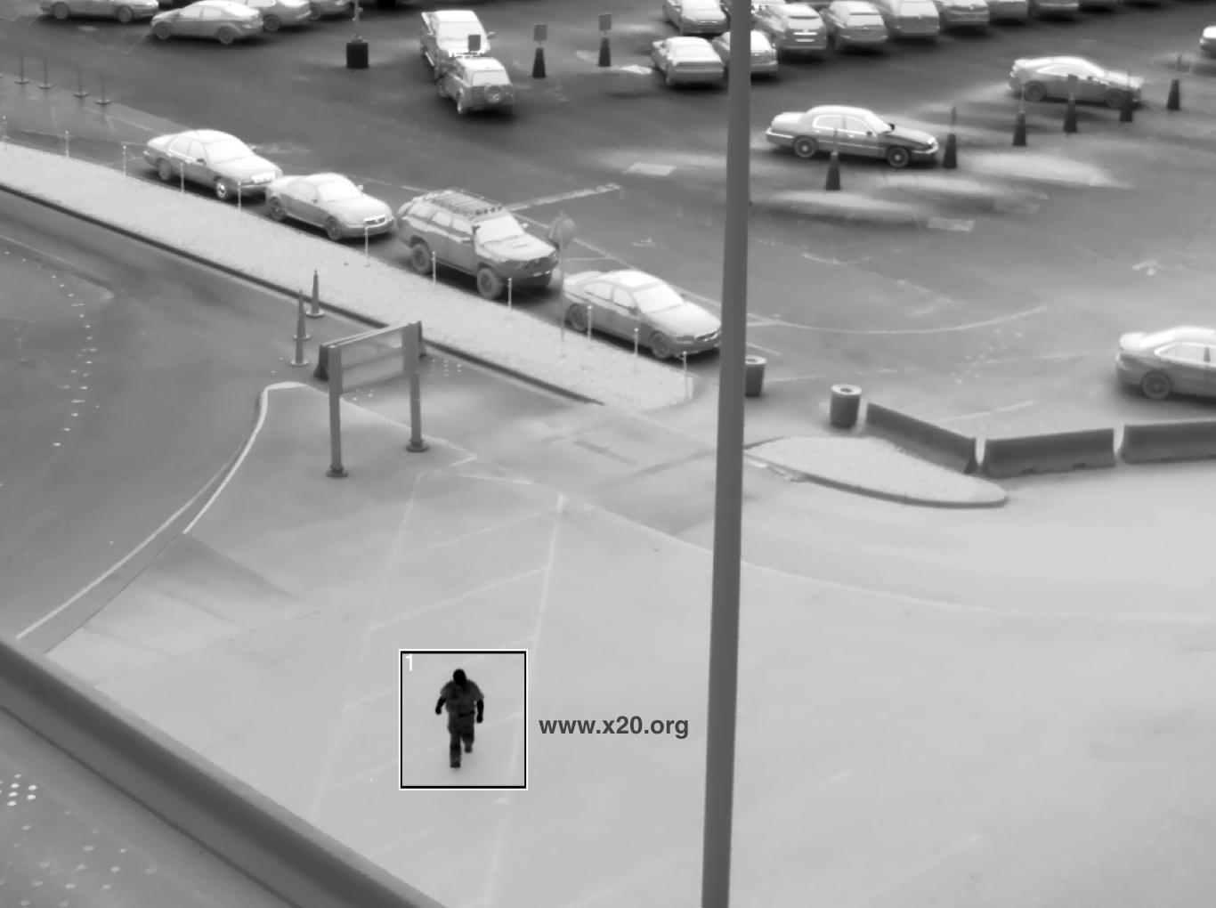 Lightweight long Range zoom cooled MWIR Thermal imaging FLIR IR camera core integration